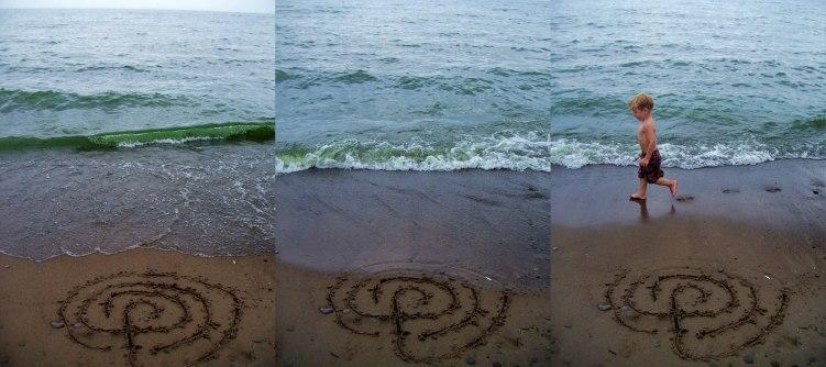 sand-drawn-labyrinth-washing-away-woodbine-beach-9-august-2009