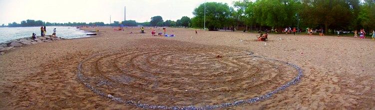 woodbine-beach-classic-labyrinth-sand-outline