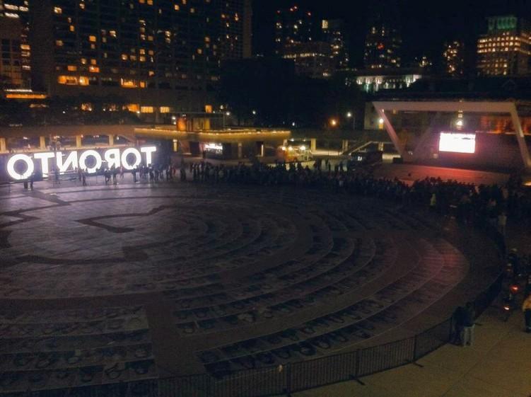 Art Installation at Toronto City Hall Labyrinth of the faces of Torontonians Go Jays twitter-com-lylamiklos-status-653606477287006208