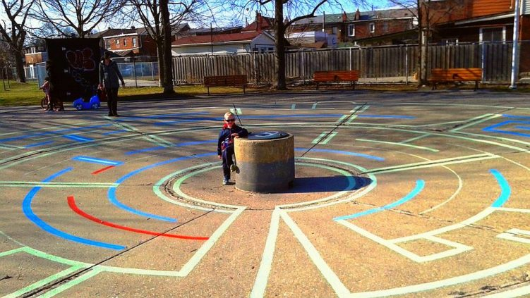 Fun new labyrinth at our park! Everyone loves it - Thank you twitter com weepigeon status 723576123372670976