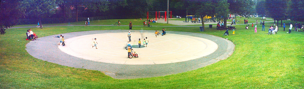 warden woods wading pool chalk labyrinth outline 7 lane 8 circuits